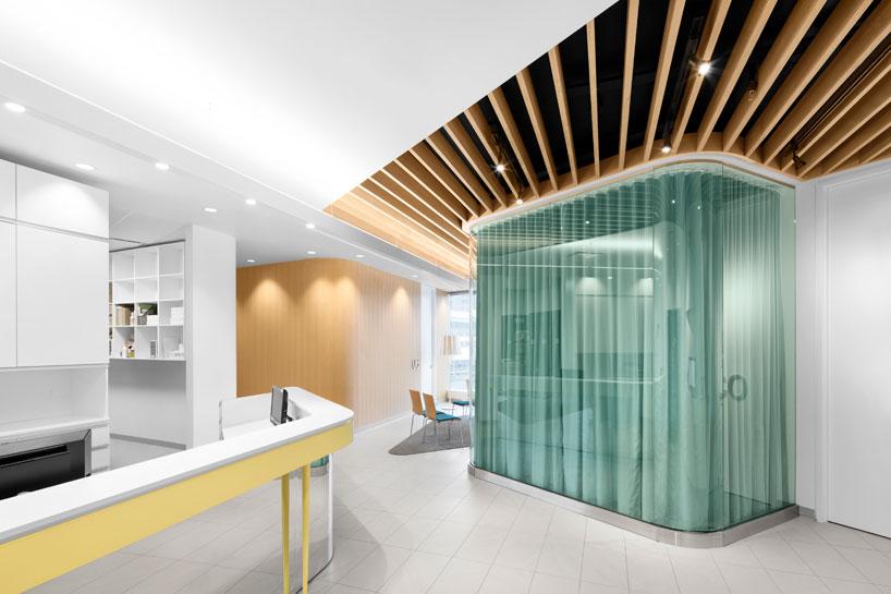 Farmacia-clínica-Uniprix-montreal-diseño-jean-lessard-10