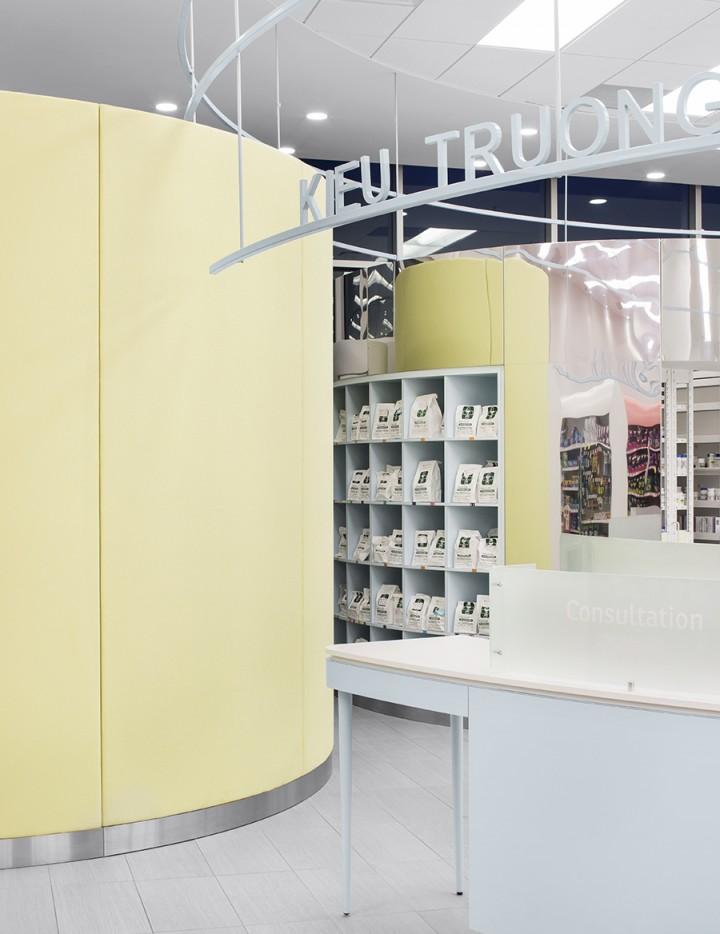 Centro médico + parafarmacia y alimentación en Montreal, diseño de  Jean de Lessard