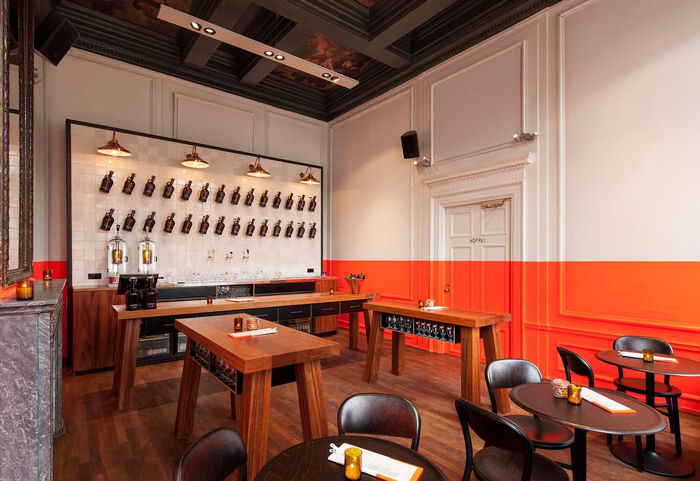 Cervecería Hoppa! en Amsterdam, diseño de Concrete Studio