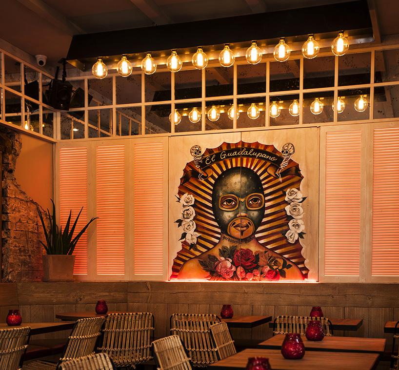 Bar de copas La Mère Pouchet en París diseñado por Michael Malapert 2