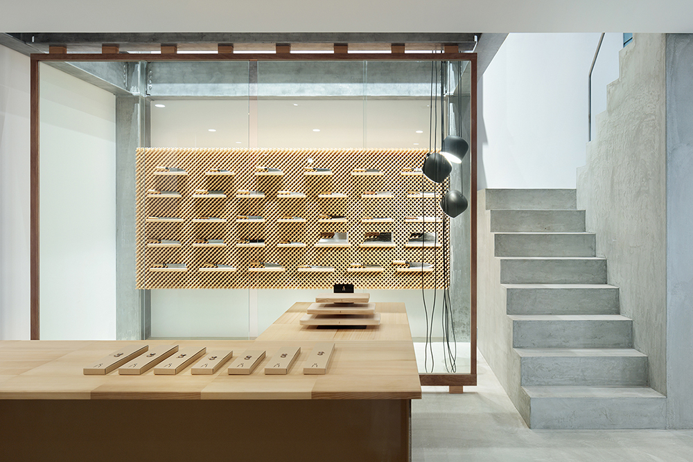 Yusuke Seki knife exhibition_ japan_design_1