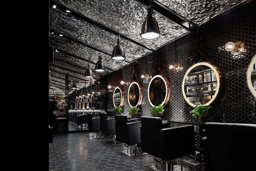 Peluquería-barbería diseñada por Designwire en Wuxi, China