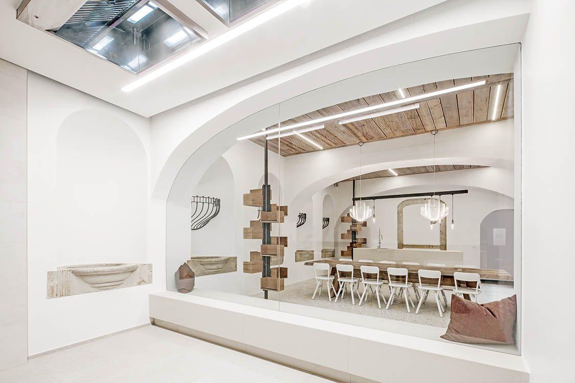 Lingenhel espacio gourmet en Viena diseño de Destilat 3