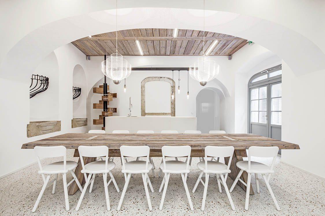 Lingenhel espacio gourmet en Viena, diseño de Destilat