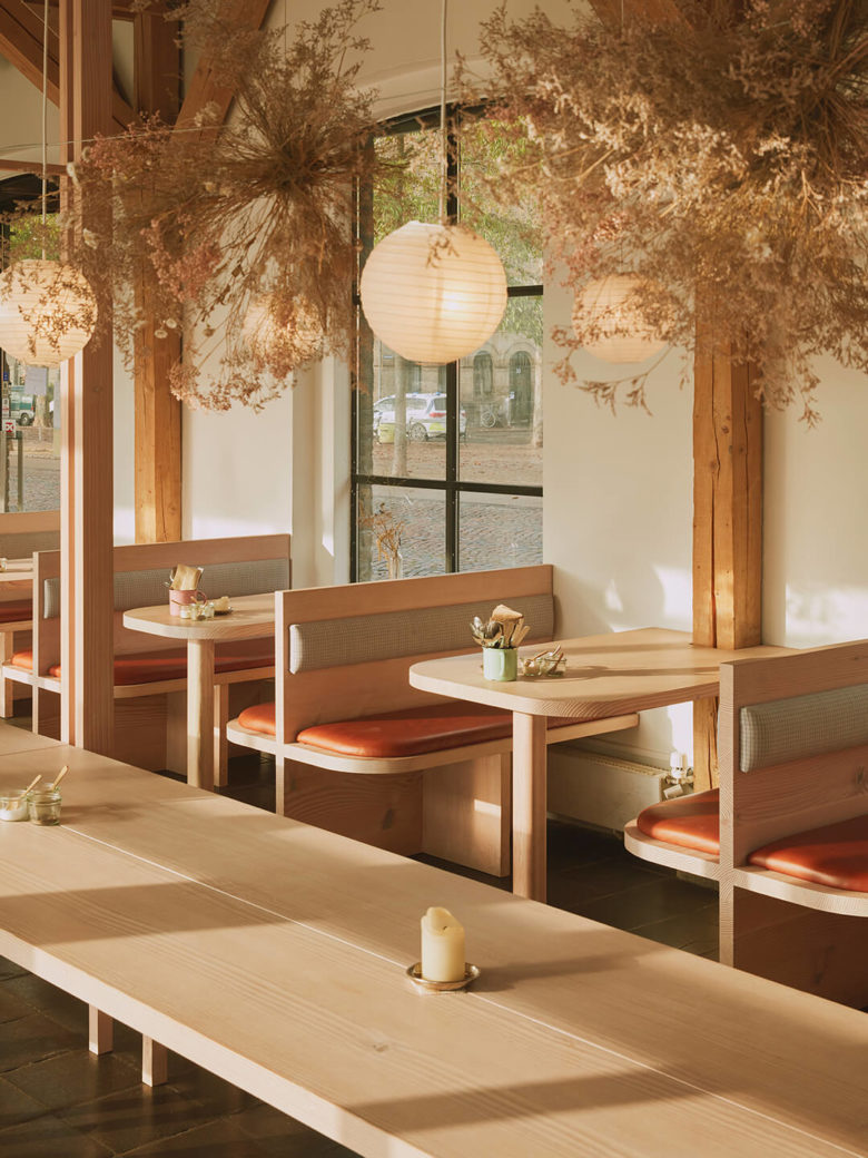 Restaurante Orgánico Hverdagen diseñado por Vermland en Copenhagen