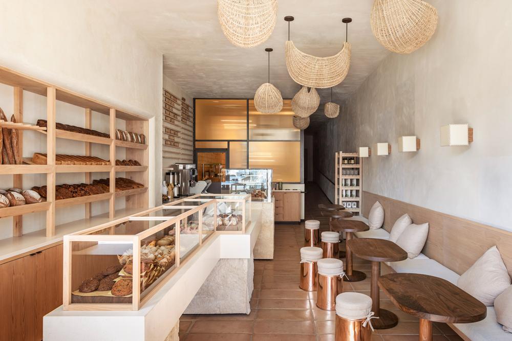 Panadería y cafetería BreadBlok en Los Ángeles, diseño de Commune